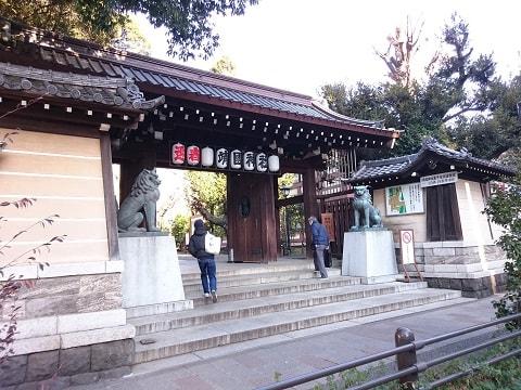 神社の入口の写真