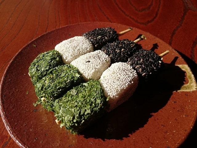 色 団子 三 【業務用】 タヌマ
